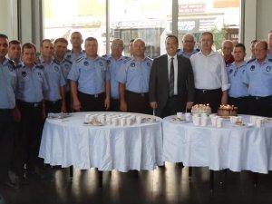 Başkan Dutlulu, Zabıta Teşkilatı'nın 193'üncü kuruluş yıldönümü nedeniyle pasta kesim törenine katıldı
