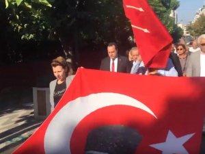 CHP Akhisar İlçe Teşkilatı kuruluşunun 96 yılını kutladı