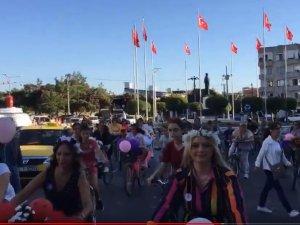 Süslü Kadınlar Bisiklet Turu Akhisar'da ilk kez gerçekleşti
