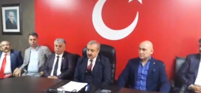 Akhisarlı Sivil Toplum Örgütlerinden Barış Pınarı Harekatı için ortak basın açıklaması