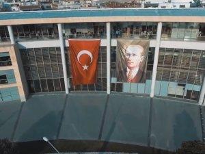 Akhisar Belediyesi'nden 29 Ekim'e özel video paylaşım rekoru kırıyor