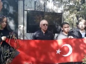 Cumhuriyet'in gençleri Gördesli Şehit Makbule Hanıma yürüdü