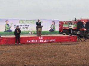 Akhisar'da 27 bin fidan toprakla buluştu