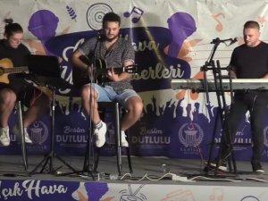 Akhisar Belediyesi Açık Hava Yaz Konseri Semih Şengider
