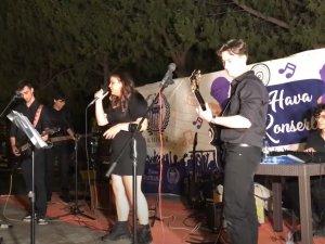 Akhisar Belediyesi Açık Hava Yaz Konseri Grup Stardust